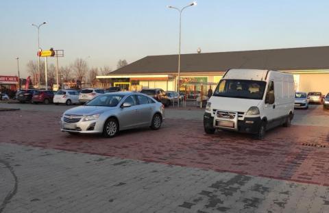 Samowola na parkingu przy ulicy Zielonej