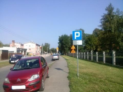 Pora wprowadzić całkowity zakaz parkowania na chodniku! Kto za?