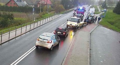 Z ostatniej chwili: wypadek na drodze krajowej. Zderzyły się cztery samochody
