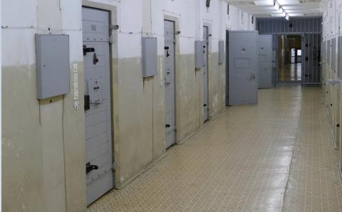 Przestępcy z podejrzeniem koronawirusa trafią do aresztu w Limanowej