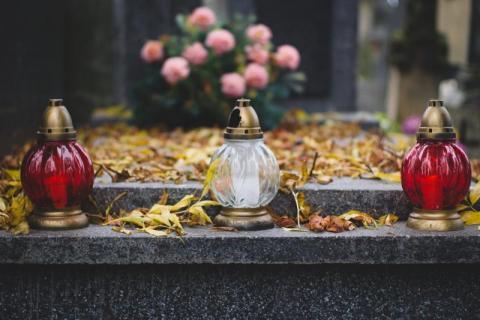 Leszek Mazan: groby polskich dusz. Czas wspomnień tych, którzy odeszli