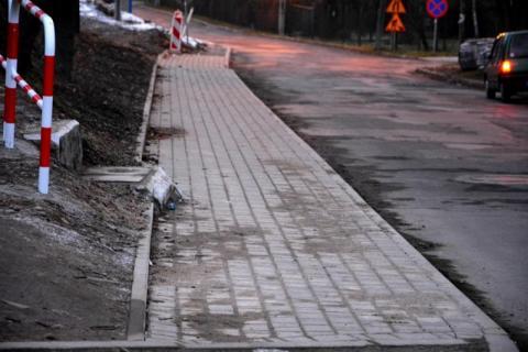 Chodnik na ulicy Stolarskiej