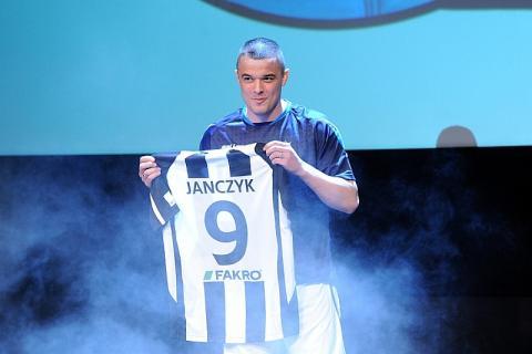Dawid Janczyk otrzymał kolejną szansę. Już strzela w nowym klubie