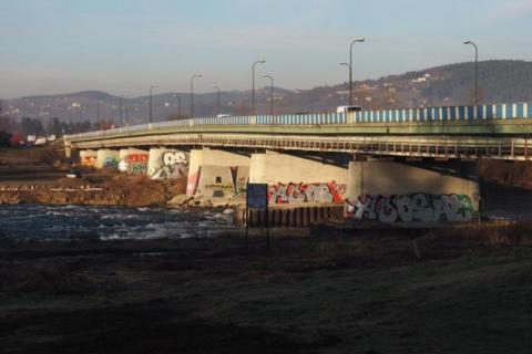 Kiedy rozbiorą most heleński