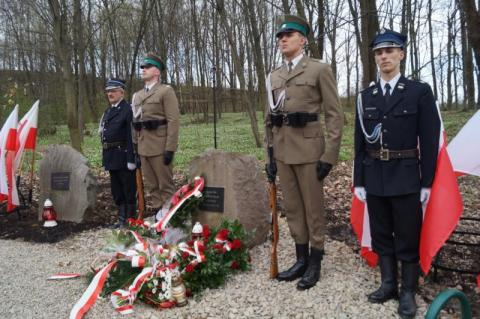Las falkowski, ofiary smoleńskie