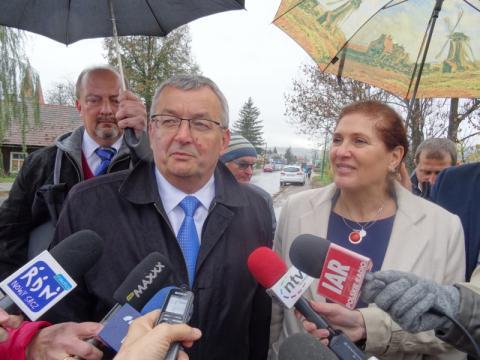 Iwona Mularczyk i minister infrastruktury Andrzej Adamczyk. Fot. Iga Michalec