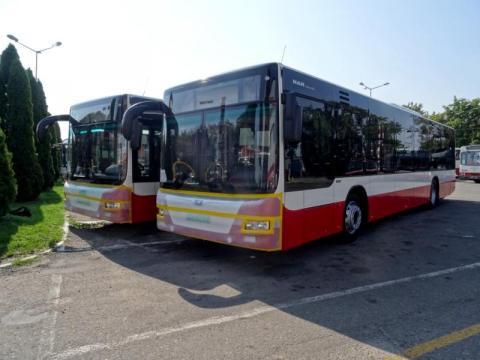 Kupili nowe autobusy,  które zniknęły po wyborach