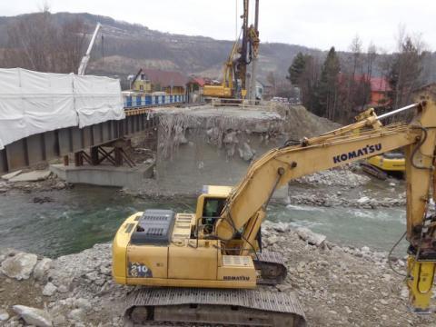 Zabrzeż: nie ma już pół mostu. Korkują region?