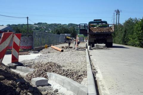 Grybów: będzie chodnik przy powiatówce w Binczarowej. Kiedy ruszą prace?