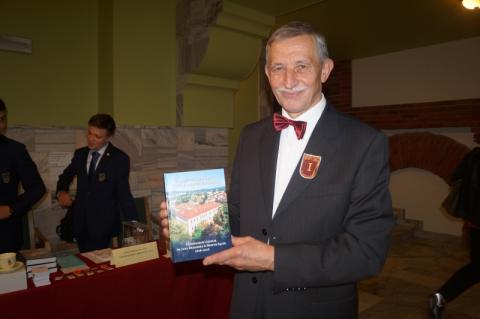 Dyrektor I LO w Nowym Sączu Aleksander Rybski, fot. Iga Michalec