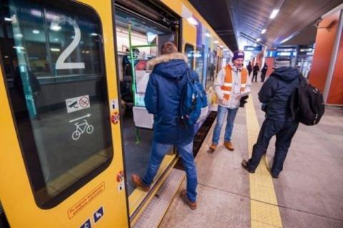 Święte oburzenie. Koleje Małopolskie zapewnią pasażerom... spowiedź w podróży?