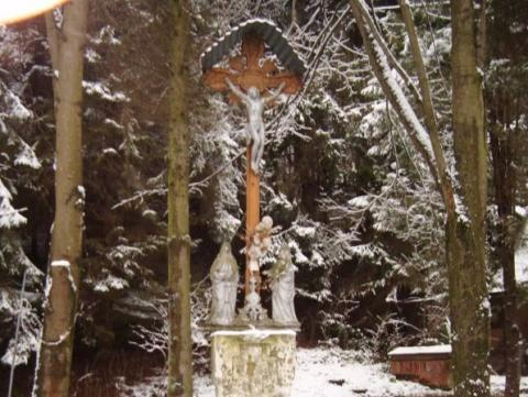 Piękna sprawa: jest szansa na ratunek dla łemkowskiej kapliczki