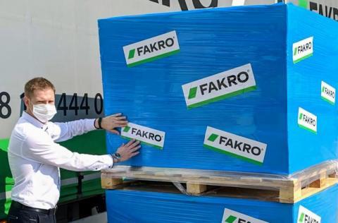 Fakro pomaga w Bejrucie: wysyłają okna Libańczykom
