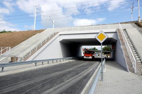 Nowuy wiadukt w Ptaszkowej już gotowy. Czy już można pod nim przejeżdżać?