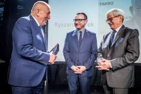 Ryszard Florek inwestuje w fachowców. Dostał za to Nagrodę Rynku Pracy