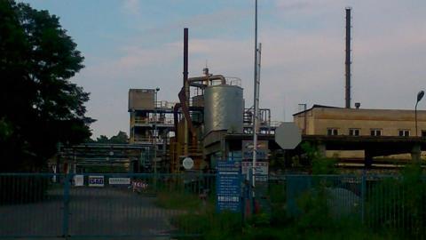Znów wyciek w byłej rafinerii w Gorlicach. Substancja jest silnie kwasowa