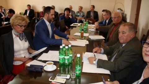 Chełmiec: Radni z zerem przy nazwisku. Wyborcy są bezlitośni a wybory samorządowe 2018 już niedługo