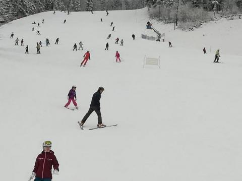 Mega prezent gminy Rytro: dla mieszkańców trzy razy tańszy karnet na narty