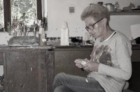 Nie żyje Anna Padoł, słynna rzeźbiarka z Paszyna