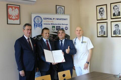 Dofinansowanie na tomograf dla szpitala w Limanowej, fot. szpital w Limanowej