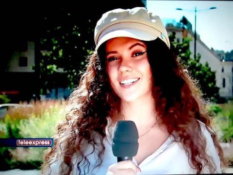 czytaj też   Skomentuj Karolina Szczurowska, finalistka The Voice Kids zaśpiewa w telewizji