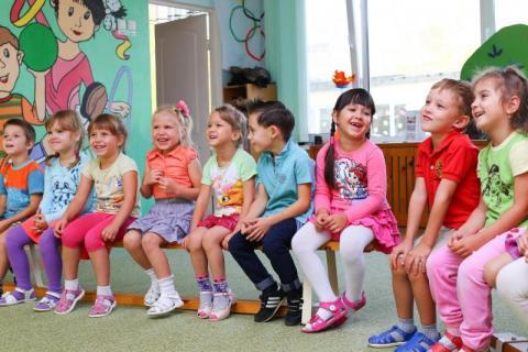 Czyje dzieci mogą pójść do przedszkola? Polski rząd zmienił zdanie