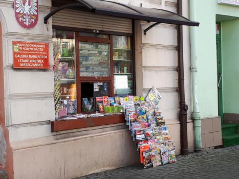 """Przy Rynku 2, u wylotu Jagiellońskiej, czeka na Ciebie """"Sądeczanin"""""""