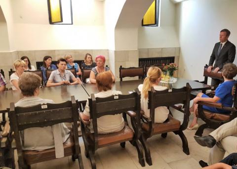 Wojewoda małopolski odwiedził delegaturę urzędu wojewódzkiego. Co obiecał pracownikom?