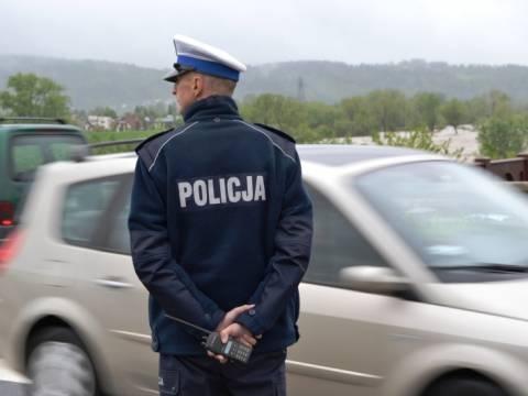 Kierowco: Słowak rozliczy Cię z odblaskowej kamizelki a Niemiec z nożyczek