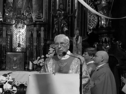 Zmarł pochodzący ze Starego Sącza ks. Marian Mordarski. Miał 93 lata