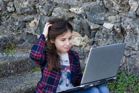 Łososina Dolna: trwa walka z wykluczeniem cyfrowym. Do uczniów trafią laptopy