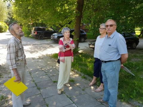 Nowy Sącz: Nie mają drogi, bo bronili praw lokatorów Grodzkiej? [WIDEO]