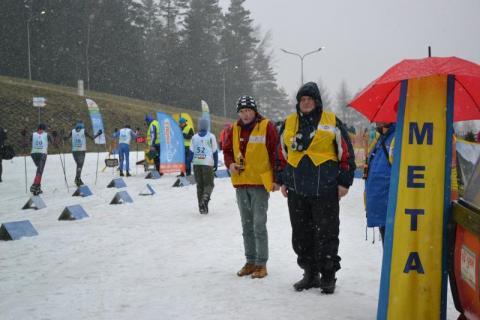 Narciarze biegowi nie odpuszczają zimie i Ptaszkowej