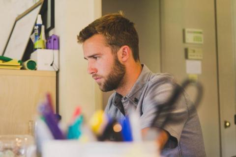 Na jakich zasadach działa urlop bezpłatny? Czy pracodawca może go przerwać?