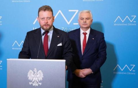 To już zmasowany atak. Kolejny przypadek koronawirusa w Polsce