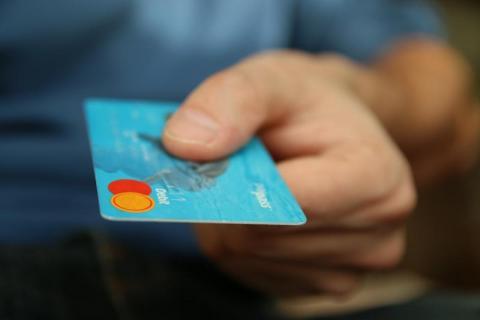 Tomasz Wardziak: to początek końca papierowych pieniędzy