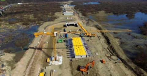 Ponad 50 tysięcy ton stali i betonu. Tak się buduje most w Kurowie[ZDJĘCIA]