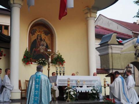 Rozpoczyna się wielki sądecki odpust ku czci Matki Bożej Pocieszenia [PROGRAM]