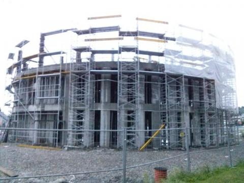 Koloseum w Nowym Sączu?! Co rzeczywiście budują przy Lwowskiej?  [ZDJĘCIA]