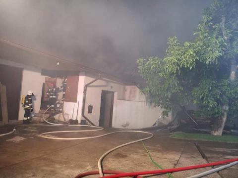 Wielki pożar w Skrzydlnej. Przez wiele godzin z ogniem walczyło 114 strażaków