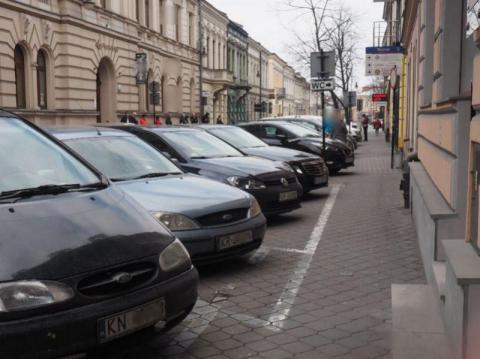 Do kiedy będą darmowe parkingi w Nowym Sączu czyli jak radni nie radzili