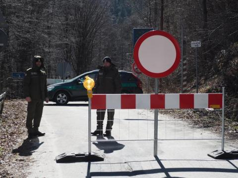 Od północy granice Polski są zamknięte. Jak sytuacja wygląda w Piwnicznej?