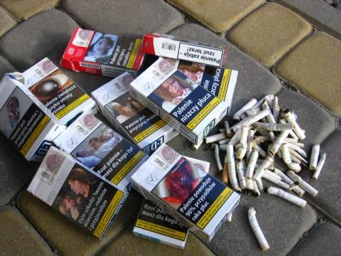 makabryczne obrazki na papierosach