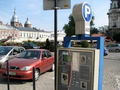 Nowy Sącz: Czy pierwsze pół godziny parkowania w centrum powinno być za darmo?