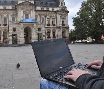 Nowy Sącz: darmowy Internet jest niczym miejska legenda. Niby jest, ale gdzie?