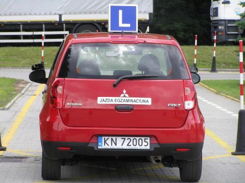 Egzaminy na prawo jazdy po nowemu.  Koniec z zarabianiem na oblewaniu kursantów
