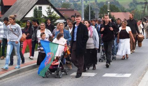 Samorząd Czchowa przegrał sądową wojnę o Romów z Limanowej