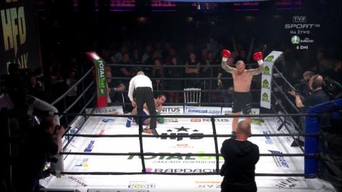 Udany debiut Łukasza Pławeckiego w zawodowym boksie. Sądeczanin pokonał Ukraińca