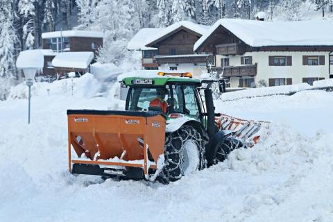 Korzenna: prawie milion złotych za śnieg! Mamy nadzieję, że zimy nie będzie