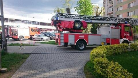 Groziła, że w bloku wybuchnie gaz. W jej mieszkaniu strażacy znaleźli pocisk